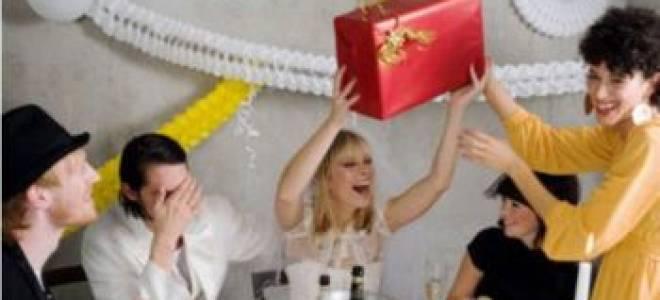 Как выбрать оригинальный подарок на свадьбу – 10 идей